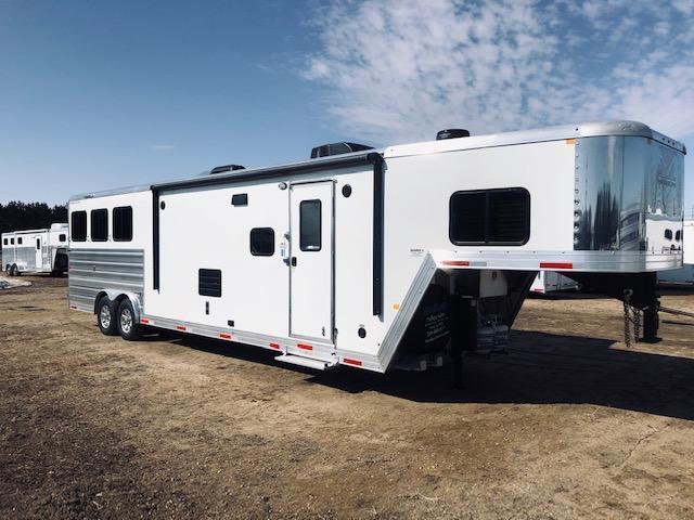 2020 Merhow 8314 Stampede Horse Trailer