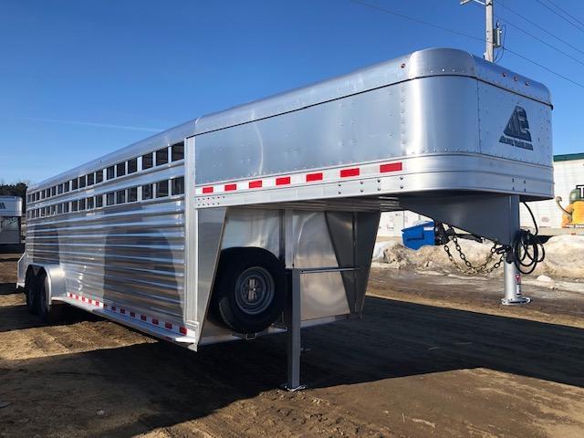 2020 Elite 24' Livestock Trailer