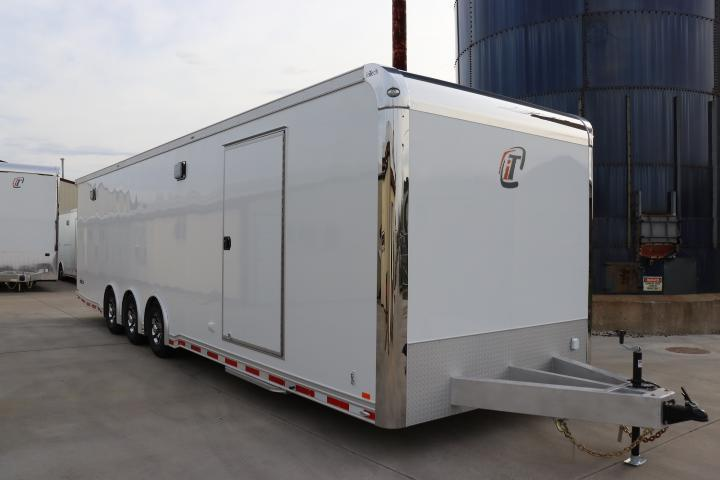 2020 32' inTech Trailer w/ ICON Package & More
