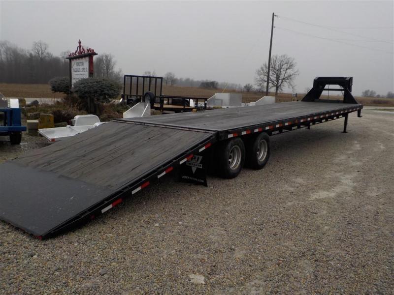 2012 PJ Trailers FYR40C2BSSKX Hydraulic Dovetail Equipment Trailer