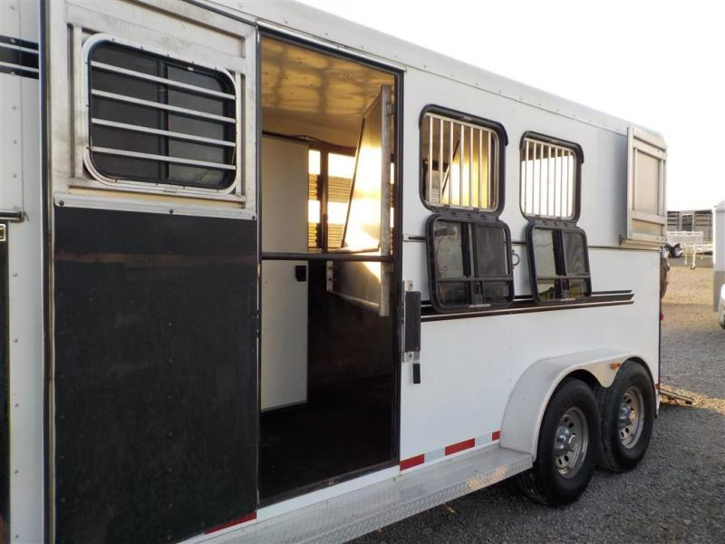 2009 ADAM by Dalton AS 370 3HGN Livestock Trailer