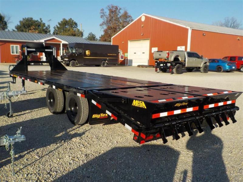 2020 Big Tex Trailers 22GN-20BK 5MR Equipment Trailer