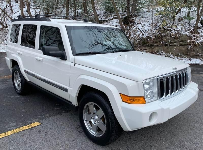 2010 Jeep COMMANDER 4X4 SPORT SUV