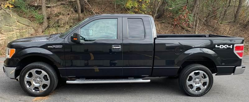 2010 Ford F150 SUPER CAB Truck