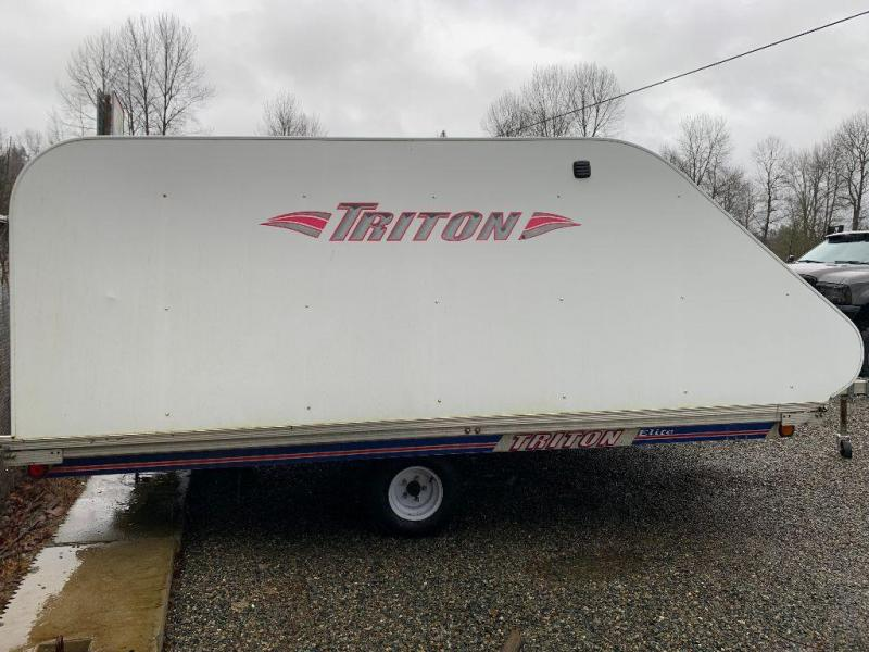 2006 Triton Trailers 5X8 Snowmobile Trailer