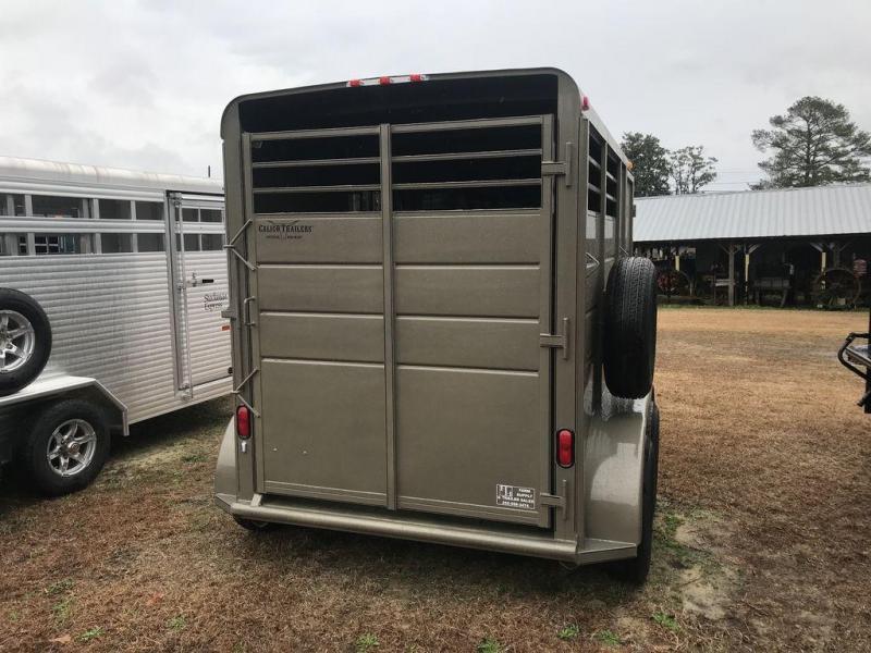 2019 Calico 2 Horse Slant Load BP Horse Trailer w/ Drop Down Windows