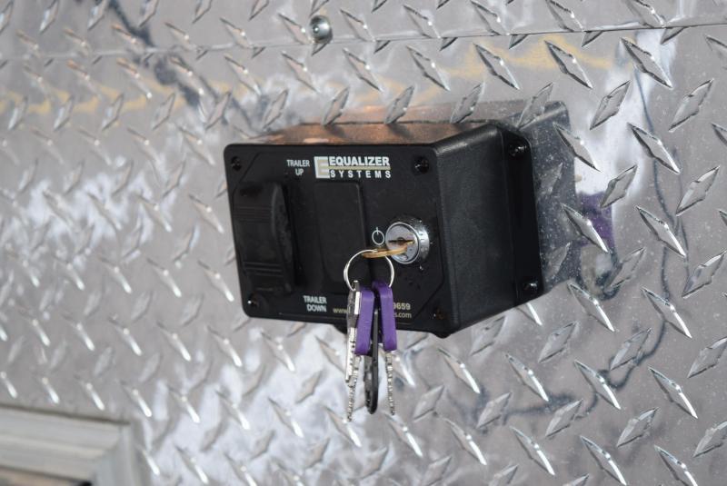USED 2019 BRAVO STAR 32' FIFTH WHEEL ENCLOSED CAR HAULER