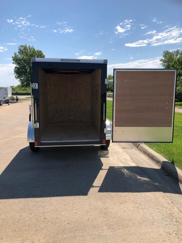 2020 Bravo 5'x8' Enclosed w/ Rear Barn Door