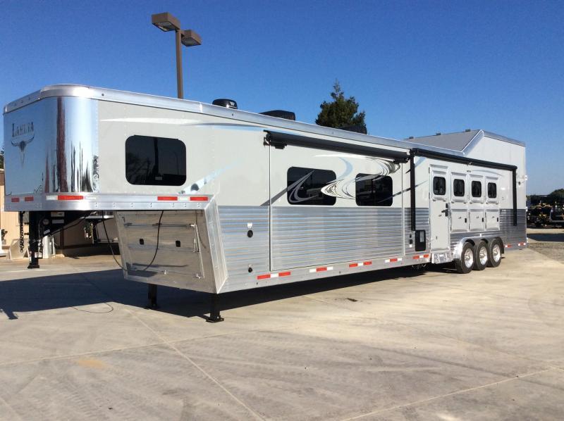 2020 Lakota 4 horse side load 18ft short wall Horse Trailer