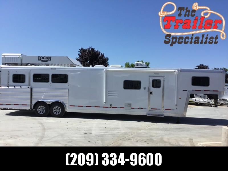 NEW 2019 Logan Coach 3 horse limited side load Horse Trailer