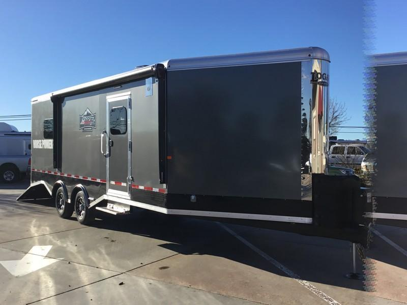 New 2019 Logan Coach Horse Power 29ft BP ZBROZ package Snowmobile Trailer