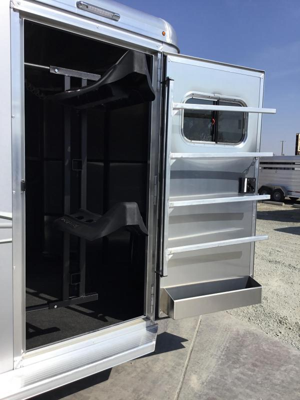 NEW 2020 Logan Coach 2 horse Edge bp Horse Trailer