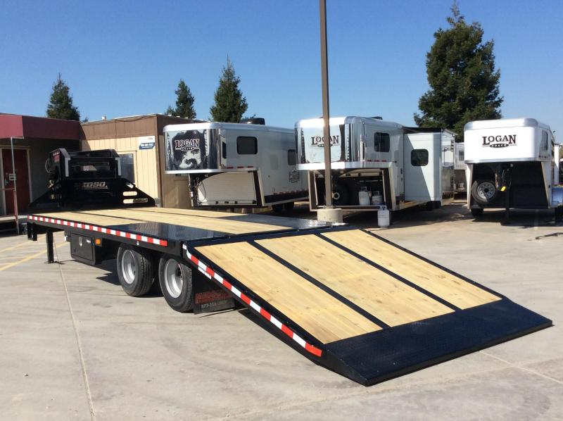 NEW 2020 Midsota 28 ft Heavy Duty hydraulic dove tail Equipment Trailer