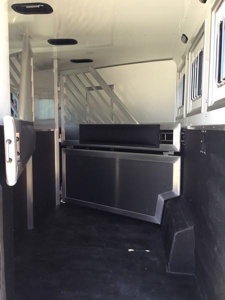 NEW 2019 Lakota Charger 3 horse 11ft short wall LQ C8311RK Horse Trailer