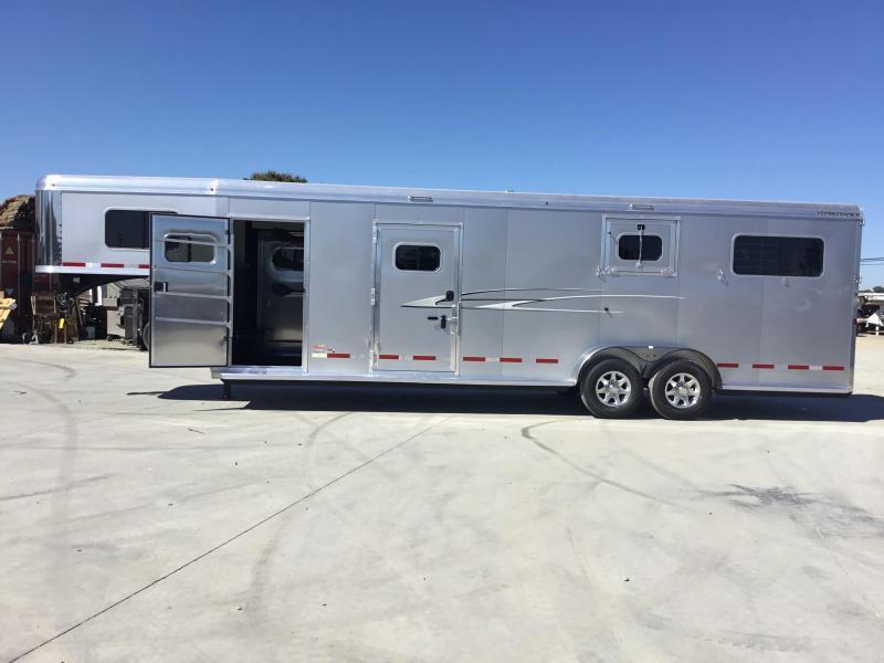NEW 2020 Logan Coach 2 plus 1 Warmblood XT GN Horse Trailer