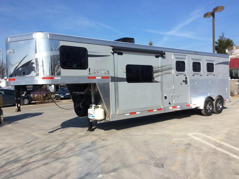 2020 Lakota Charger C39 Horse Trailer