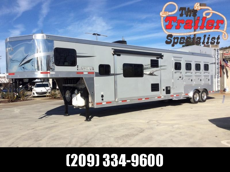 2020 Lakota C8415SR Living Quarter 4h Horse Trailer