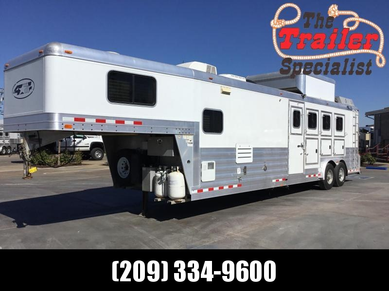 USED 2008 4-Star Trailers 4 horse 12ft Outlaw lq Horse Trailer
