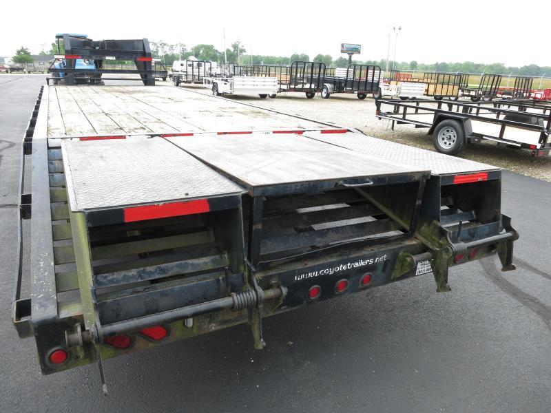 Used 25' Single Wheel Gooseneck Flatbed