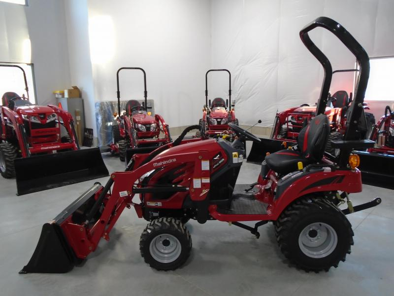 2020 Mahindra eMax20s with Loader Tractor