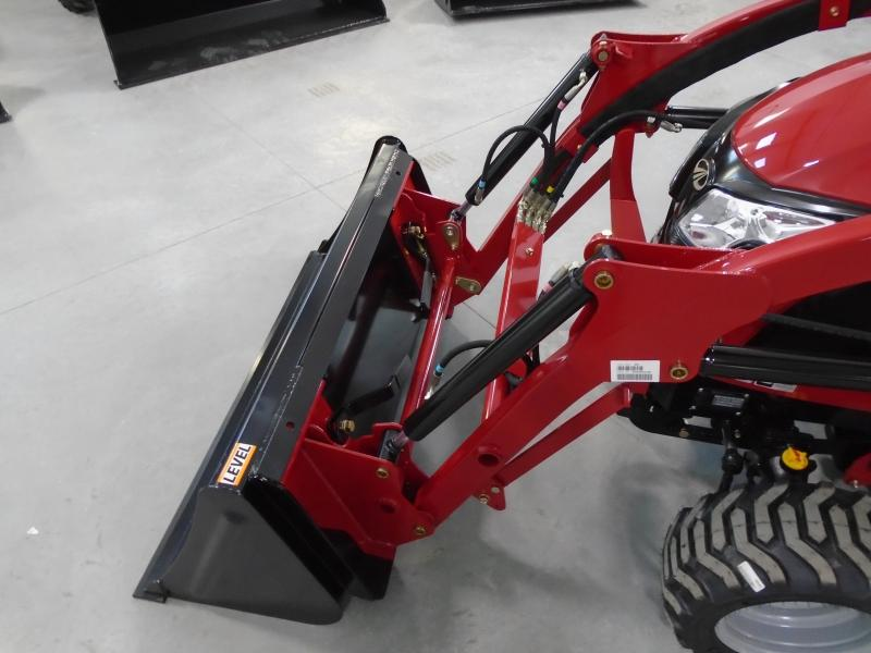 2020 Mahindra eMax20s with loader and mower Tractor