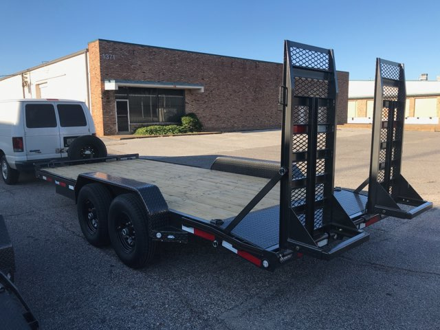 2020 MAXXD C6X 8318 Equipment Trailer