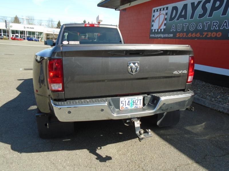 2016 Dodge 3500 4X4 CREWCAB ONE OWNER