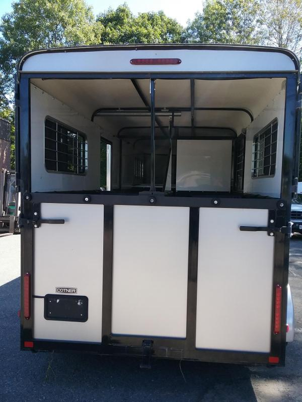 2008 Cotner Trailers Inc. Carriage Trailer Horse Trailer