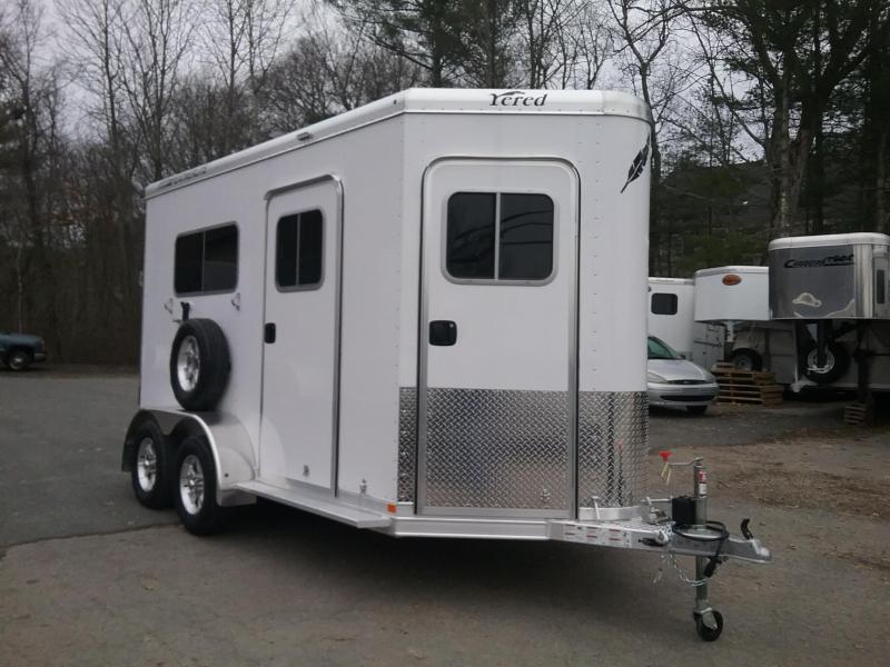 2018 Featherlite 9652 2h D/room bp Horse Trailer