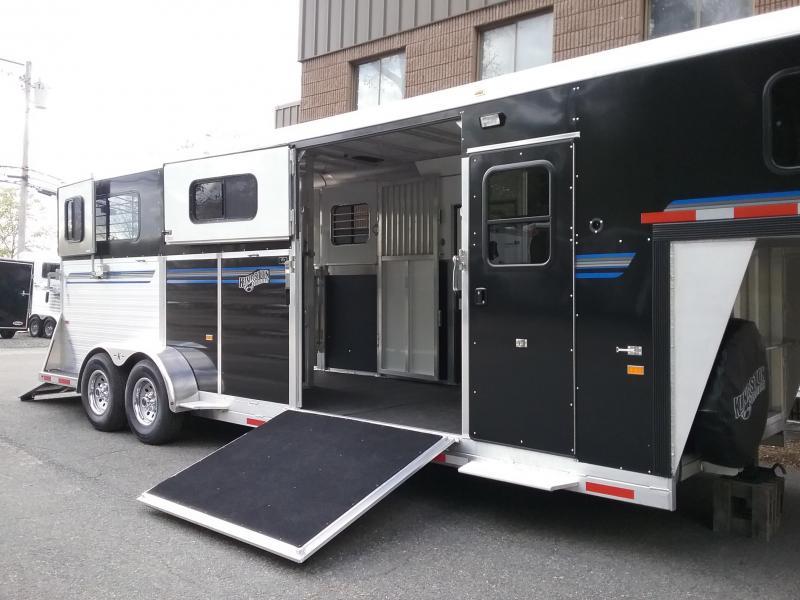 2020 Kingston Trailers Inc. GooseNeck 2&1 Horse Trailer