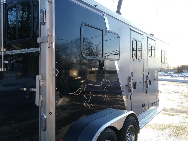 2021 Sundowner Trailers Charter Custom 2h GN Horse Trailer