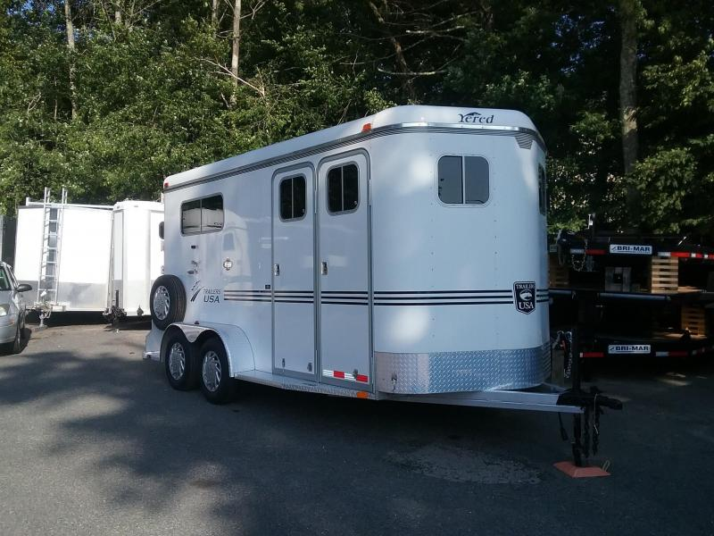 2012 Trailers USA Inc. 2h Warmblood D/Room Horse Trailer