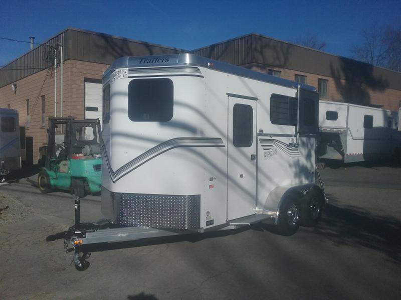 2020Kingston Trailers Inc. Classic Elite Horse Trailer