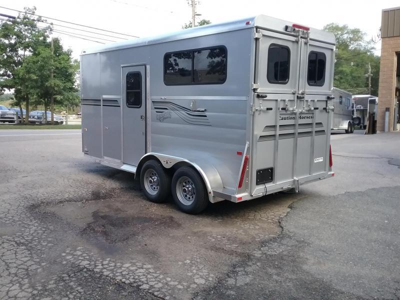 2020 Kingston Trailers Inc. Newport D/R Horse Trailer