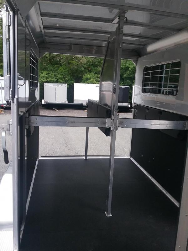 2020 Kingston Trailers Inc. Brunswick 2h gn Horse Trailer