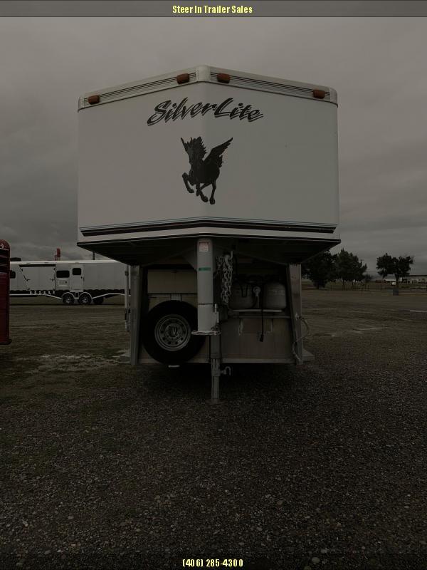 2003 Silver Lite 3H LQ Horse Trailer