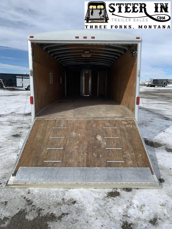 2002 Wells Cargo Snowmobile Snowmobile Trailer