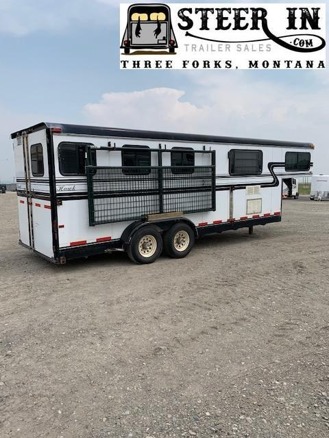 1998 Hawk Trailers 3 Horse Weekender Trailer