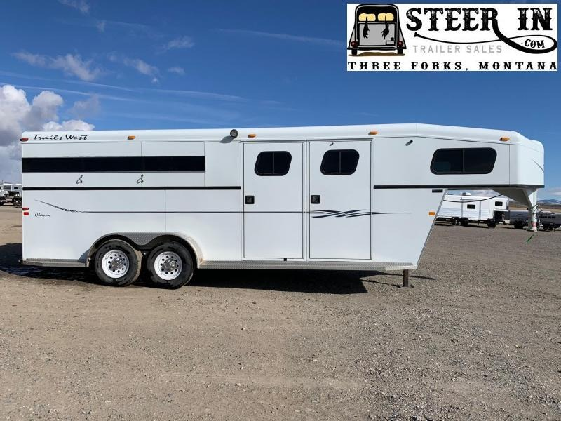 2003 Trails West 3H GN Classic Horse Trailer