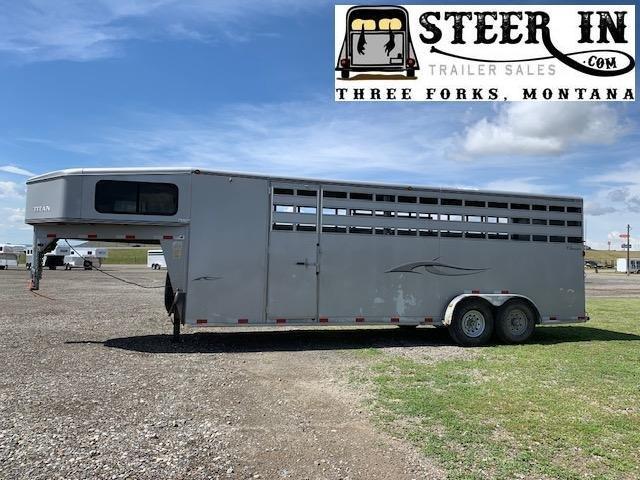 2006 Titan Trailers CLASSIC Livestock Trailer