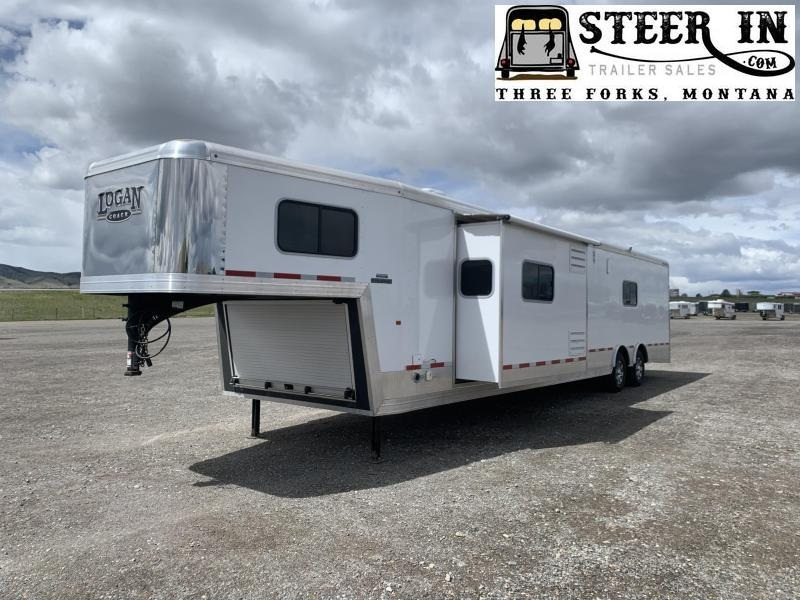 2017 Logan 33' Ultimate Sports Hauler w/LQ