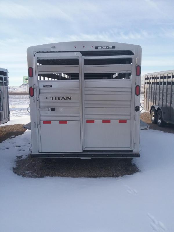 2020 Titan Trailers STANDARD STOCK Livestock Trailer