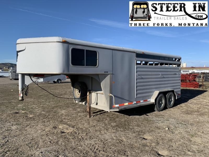 2007 Logan 20' Stock/combo Trailer
