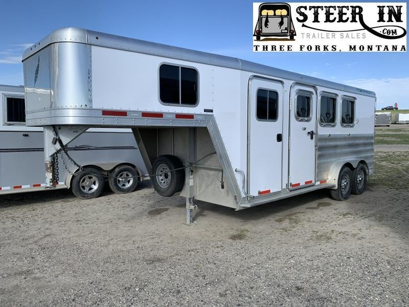 2015 Featherlite 3H GN Horse Trailer