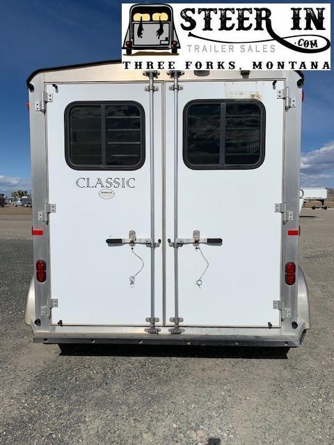 2007 Classic 2H GN Horse Trailer