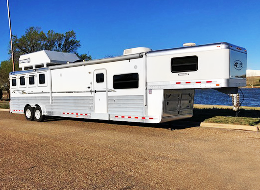2010 4-Star 4 Horse Living Quarter Horse Trailer