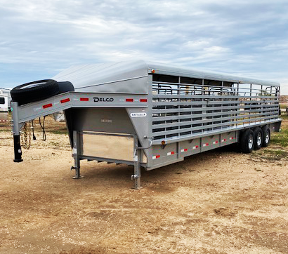 2019 32' Delco Solid Top Stock Trailer