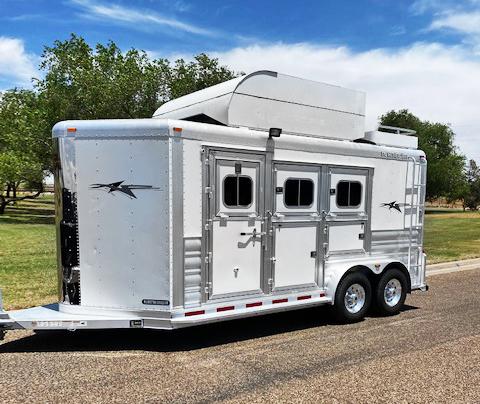 2014 Platinum 3 Horse Bumper Pull Horse Trailer