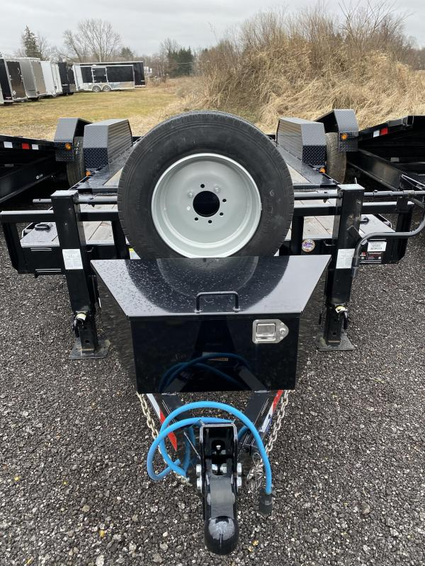 2019 PJ Trailers TJ202 Equipment Trailer