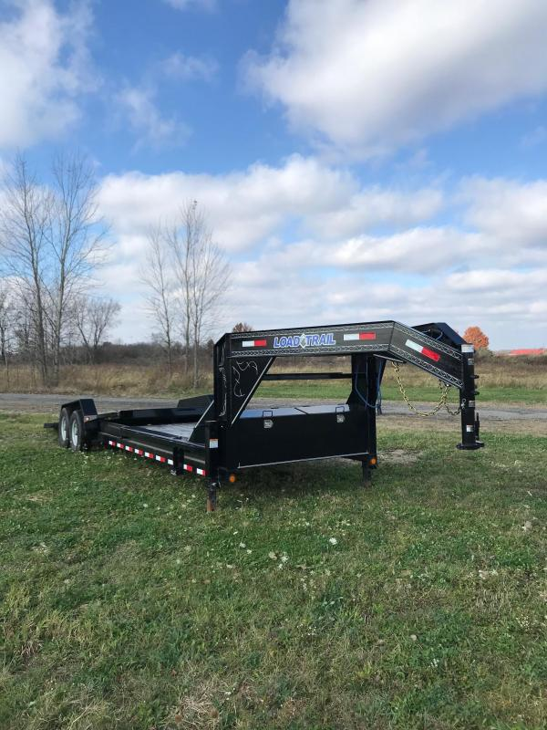 2018 Load Trail GN8326072_15243 Equipment Trailer